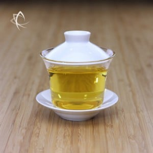 Glass Gaiwan with Ivory Porcelain Featured View